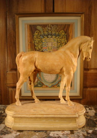 SCULPTURE CHEVAL PLATRE D'ATELIER