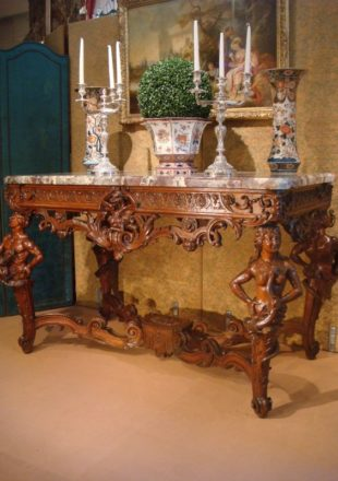 EXCEPTIONNELLE TABLE CONSOLE A GIBIER DE STYLE REGENCE