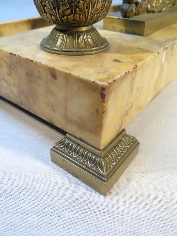 Ancien encrier de bureau en marbre et bronze epoque for Bureau ancien